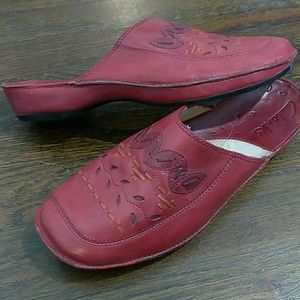 Clarks red slide on flat mules size 9